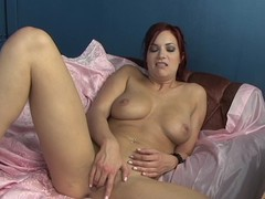 Hot Jayden Cole loves tormenting her juicy moist pussy