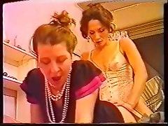 Vanessa del Rio sucks off a Shemale