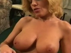 Sexy mature Sammie Sparks smoking blowjob