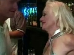 Blonde granny Kathy Jones jumps chiefly a cock after rubbing levelly ill poor