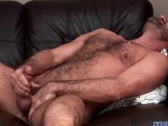 Bear masturbates and toys his asshole