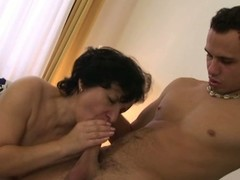 Old snatch fucked unconnected with a young man
